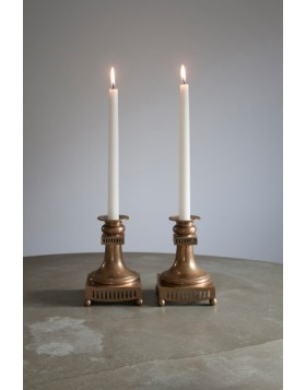 Liljeholmens Antikjus Tapered candle, tapered base